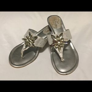 Women's TAHARI Off White/Silver Sandals Size 8